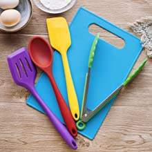 Real Cooking Tools Are Included In RiseBrite Kids Cooking Set