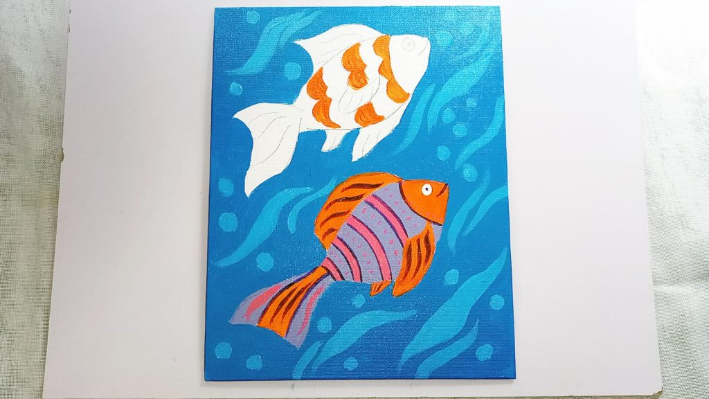 Simple, Cute, and Whimsical Underwater Fish Painting for Kids and Beginners Step 7: Add Definition with Purple and Pink Acrylic Paint